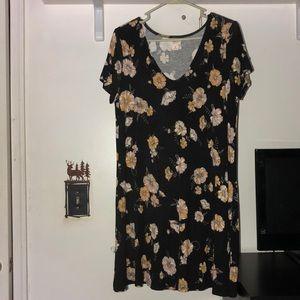 Short sleeve floral dress.